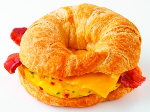 Dunkin' Donuts Suprm Omelet bacon