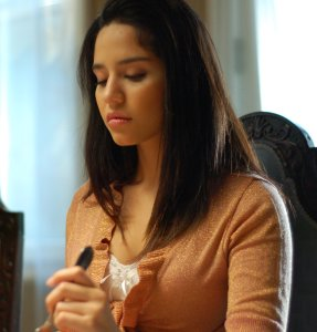 Mirna, played by Nataly Pena