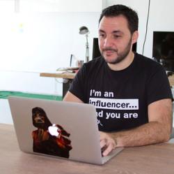 Ismael Elqudsi, CEO, SocialPubli.com